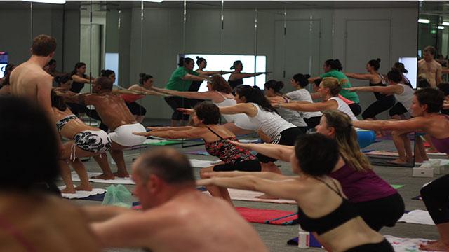 yoga-family17