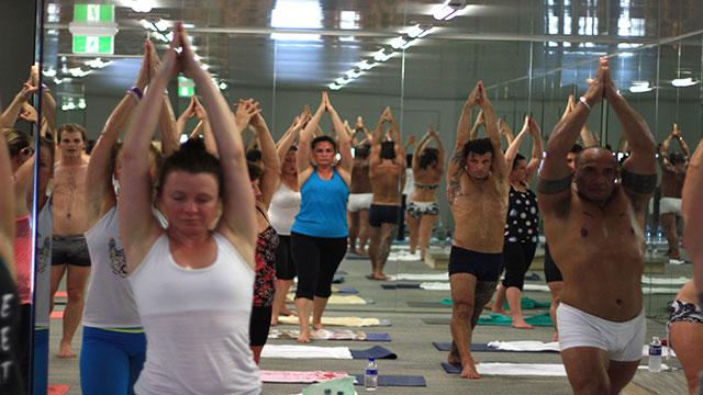 yoga-family19